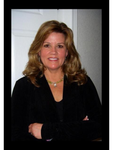 Lisa K Meyer