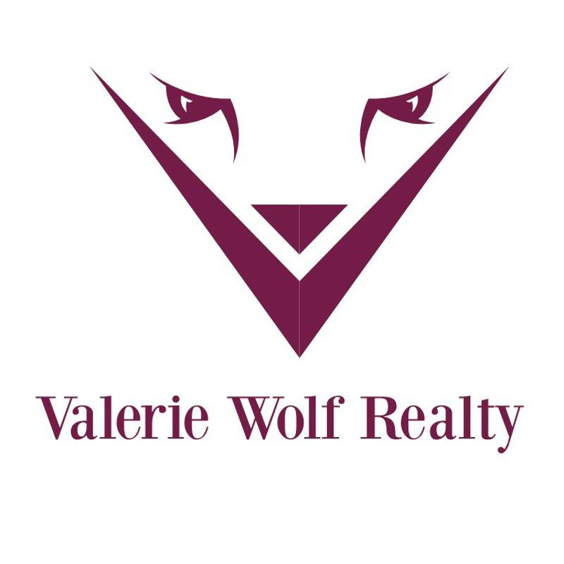 "alt=""Valerie"