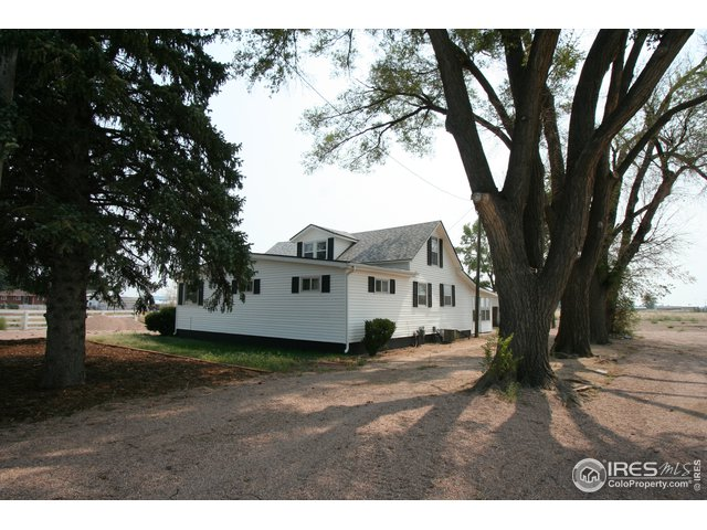 Property Photo 1 Cute Farm House!