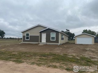 109 Juniper Cir Log Lane Village, CO 80705